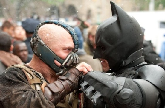Batman (alias Christian Bale) vs Bane (alias Tom Hardy)