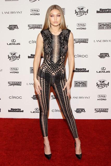 Gigi Hadid in Julien Macdonald  all'Sports Illustrated event, New York
