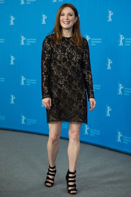 Julianne Moore in Gucci per il Maggie's Plan photo-call durante il Berlinale International Film Festival