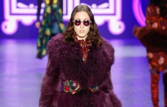 Anna Sui sunglasses rosa gioiello
