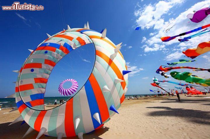 xaquiloni_spiaggia_di_pinarella_cervia.pagespeed.ic.J69B7V0lwT