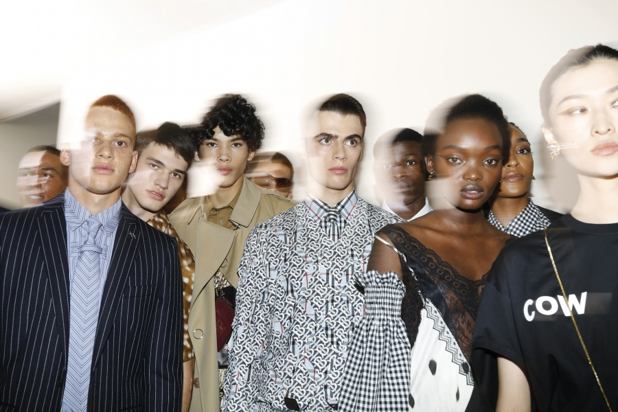 Backstage at the Burberry Spring_Summer 2019 Show_013