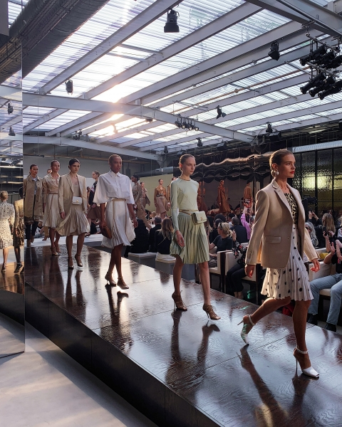 Burberry Spring_Summer 2019 Show Finale_001