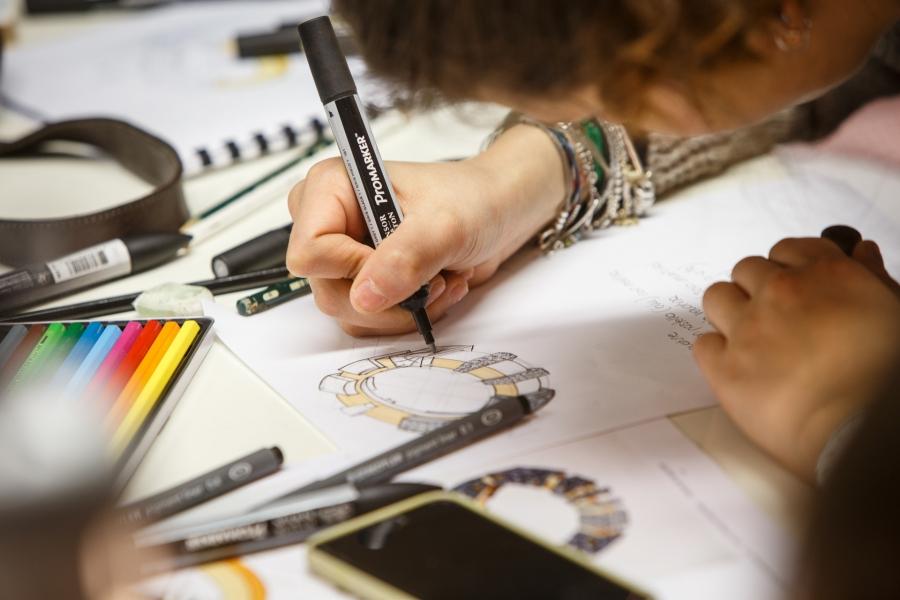 La scuola orafa ambrosiana apre la nuova sede a milano for Scuola design milano