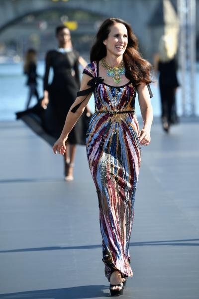 Andie McDowell al L'Oreal Defilè, Paris Fashion Week