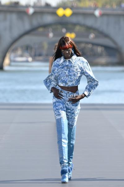 Duckie al L'Oreal Defilè, Paris Fashion Week
