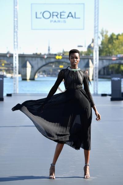 Maria Borges al L'Oreal Defilè, Paris Fashion Week