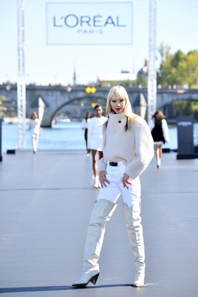 Soo Joo Park  al L'Oreal Defilè, Paris Fashion Week