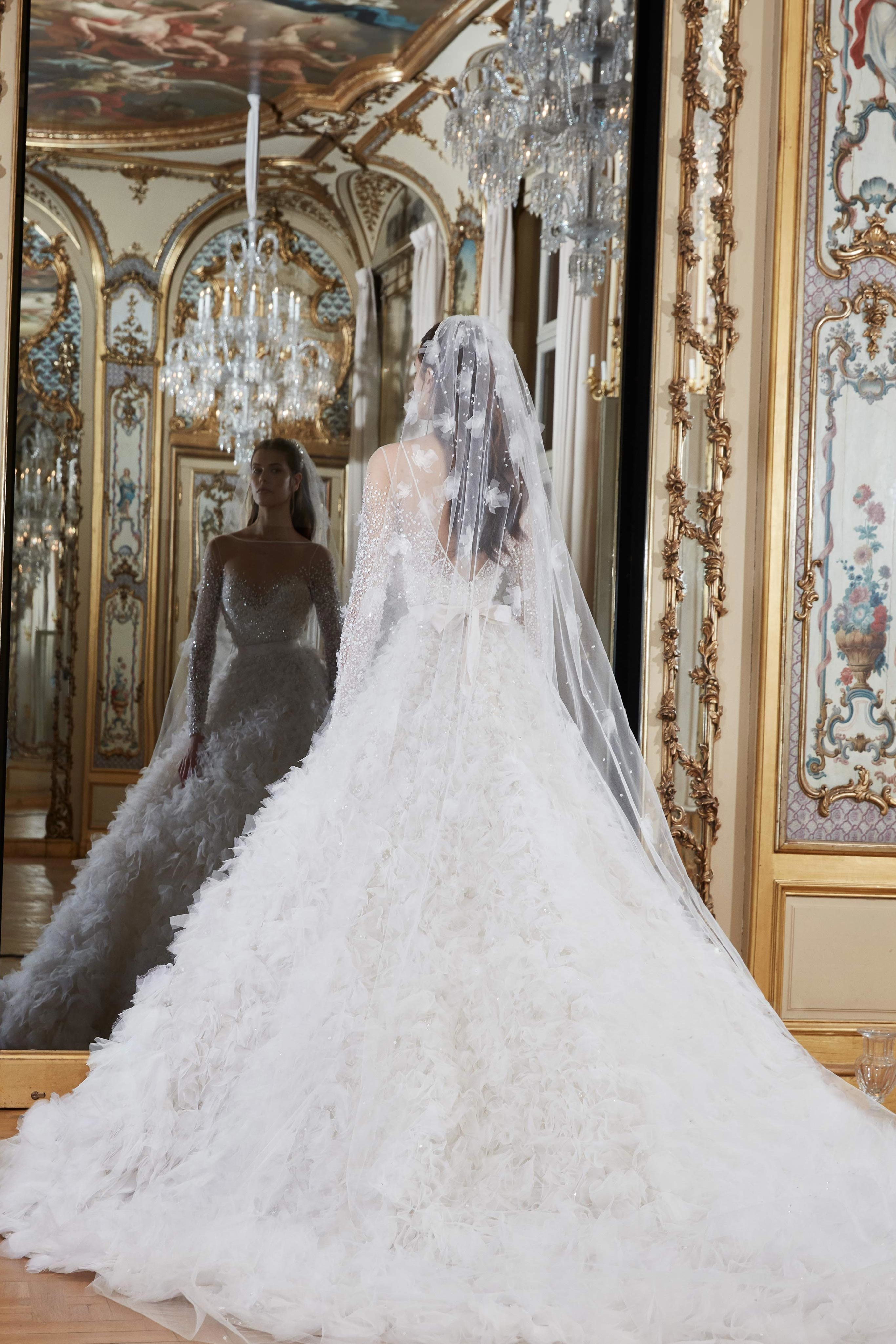 020-Elie-Saab-Vogue-spring-Bridal-2019-pr