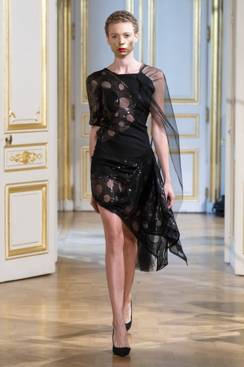 Photos-défilé-_-fashion-show-Patuna-Couture-_Carré-dAs_-Collection-automne-hiver-_-fall-winter-2018-2019-PFW-©-Imaxtree-10