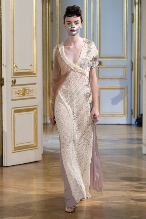 Photos-défilé-_-fashion-show-Patuna-Couture-_Carré-dAs_-Collection-automne-hiver-_-fall-winter-2018-2019-PFW-©-Imaxtree-11