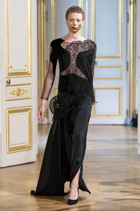 Photos-défilé-_-fashion-show-Patuna-Couture-_Carré-dAs_-Collection-automne-hiver-_-fall-winter-2018-2019-PFW-©-Imaxtree-19