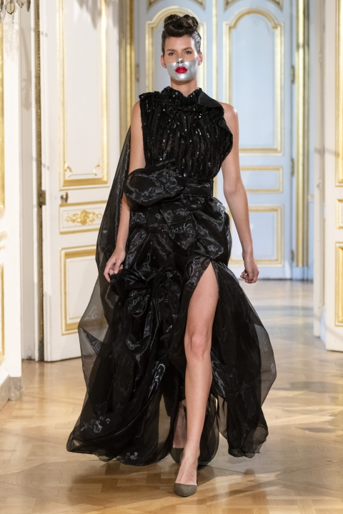 Photos-défilé-_-fashion-show-Patuna-Couture-_Carré-dAs_-Collection-automne-hiver-_-fall-winter-2018-2019-PFW-©-Imaxtree-2