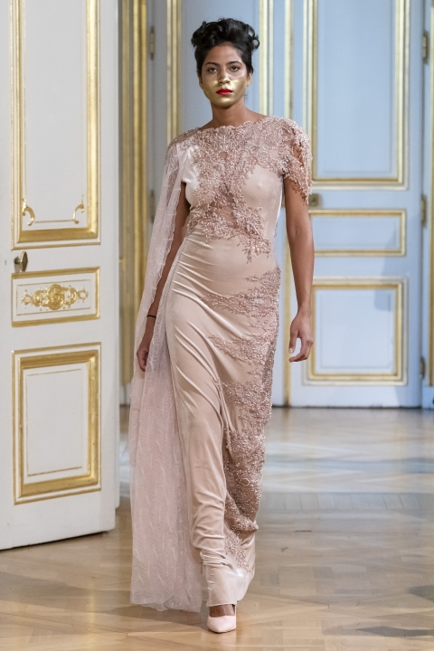 Photos-défilé-_-fashion-show-Patuna-Couture-_Carré-dAs_-Collection-automne-hiver-_-fall-winter-2018-2019-PFW-©-Imaxtree-5