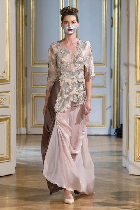 Photos-défilé-_-fashion-show-Patuna-Couture-_Carré-dAs_-Collection-automne-hiver-_-fall-winter-2018-2019-PFW-©-Imaxtree-7
