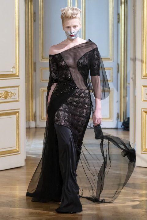 Photos-défilé-_-fashion-show-Patuna-Couture-_Carré-dAs_-Collection-automne-hiver-_-fall-winter-2018-2019-PFW-©-Imaxtree-8