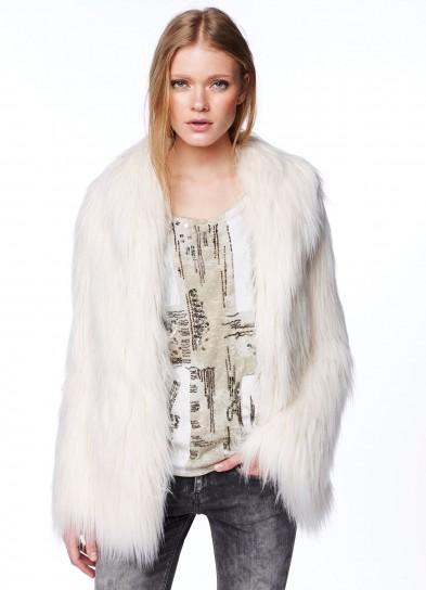 pelliccia-bianca-pepe-jeans-london