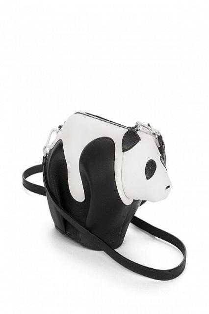 Panda Bag: ecco l'ultima arrivata nello zoo Loewe